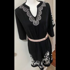 Johnny Was Embroidered Tunic/Dress w Belt Size M